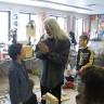 Le sculpteur Armand Vaillancourt à l'école Les Jeunes Découvreurs