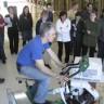 Dévoilement d'un vélo éco-énergétique à l'École d'éducation internationale