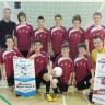 Une bannière pour l'équipe de soccer intérieur benjamin masculin Les Forts de l'école secondaire de Chambly