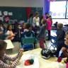 Atelier tricot à l'école Les Jeunes Découvreurs