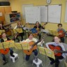 De la guitare à l'école Jacques-De Chambly