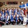 Des championnes de ringuette à l'École d'éducation internationale