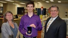 Félicitations à Simon Grégoire, récipiendaire de la médaille du Gouverneur à l'école secondaire du Mont-Bruno