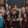 Des élèves de l'école secondaire du Grand-Coteau en visite au Parlement de Québec