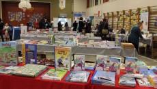 Grand salon des auteurs jeunesse québécois à l'école Jacques-Rocheleau