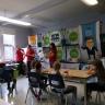 Les élèves de l'école De Bourgogne reçoivent la caravane de la récupération