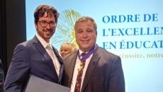 L'Ordre de l'excellence en éducation pour un enseignant de l'école secondaire De Mortagne