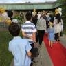 Les élèves De La Broquerie font leur entrée sur le tapis rouge