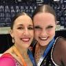 Deux enseignantes de l'école L'Arpège se démarquent en patinage artistique synchronisé