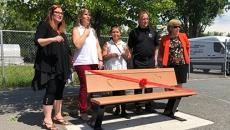 Inauguration du banc de l'amitié à l'école Paul-VI
