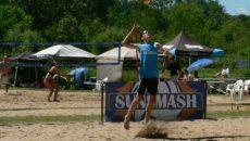 Les honneurs en volleyball pour Émile Jomphe de l'école secondaire De Mortagne